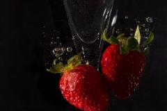 Erdbeere-unter-Wasser